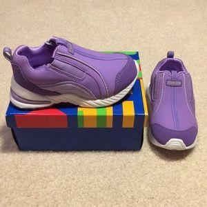 NIB Oshkosh sneakers